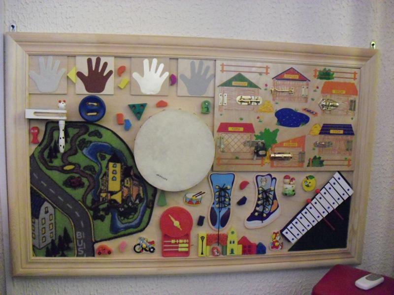Интерактивное панно для детей своими руками 86